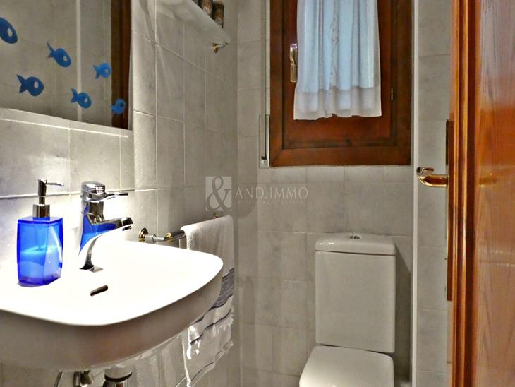 Beautiful townhouse with 3 bedrooms and terrace of 47 m2 in Escàs