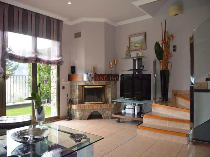 Splendid terraced house with 4 bedrooms, garden and views in Engolasters