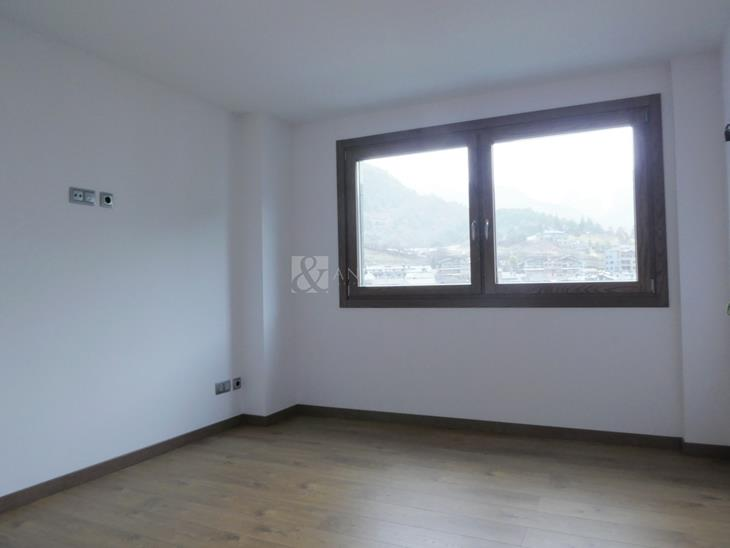 Appartement on sale in La Massana with 4 rooms with suite and parking