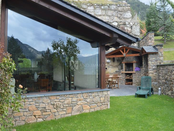 House Villa for SALE in Escaldes-Engordany: 420.00 m² - 840000.00