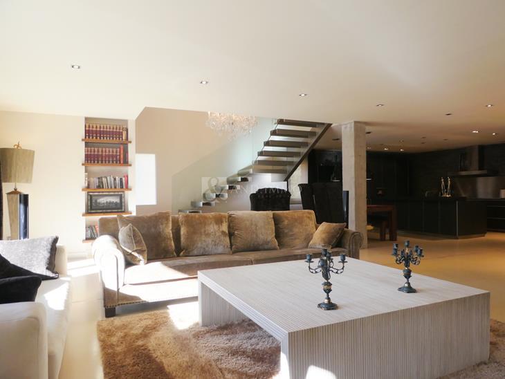 Duplex for SALE in Andorra la Vella: m² - 1350000.00