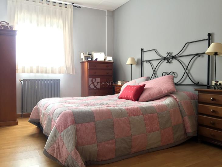 Flat for SALE in Escaldes-Engordany: 97.00 m² - 300000.00
