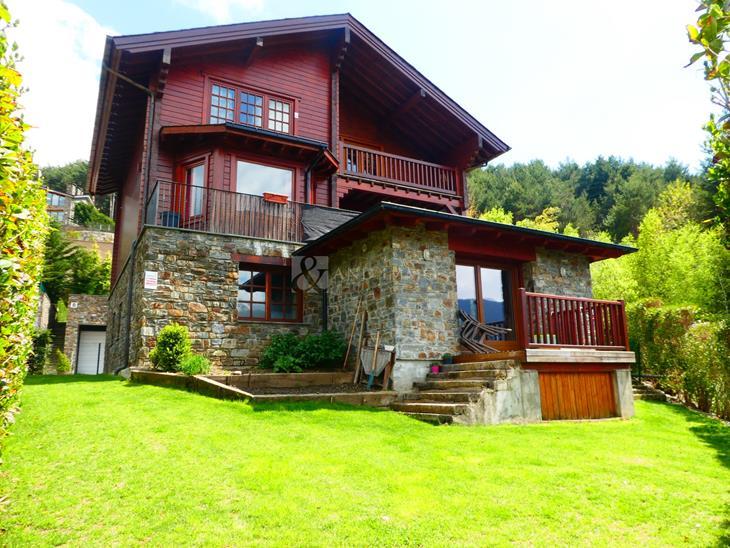 Casa Xalet  en VENDA a Anyós: 320,00 m² - 980000,00