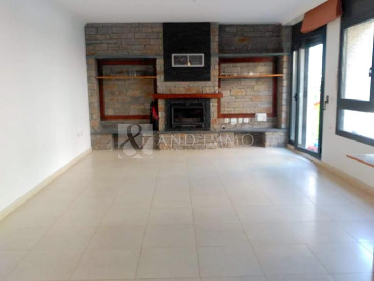 Groundfloor for SALE in La Cortinada: 151.00 m² - 320000.00