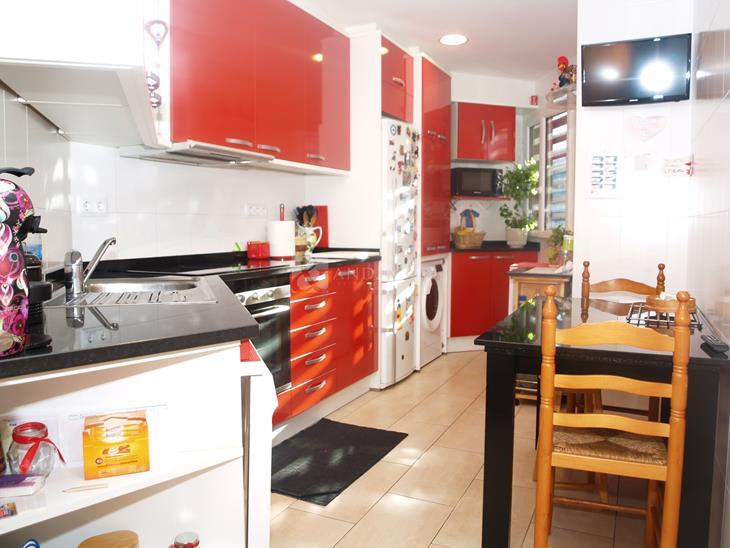 Àtic en VENDA a Ordino: 90,00 m² - 275000,00