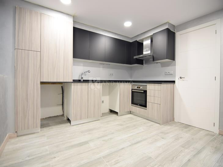 Flat for SALE in Andorra la Vella: 118.00 m² - 450000.00