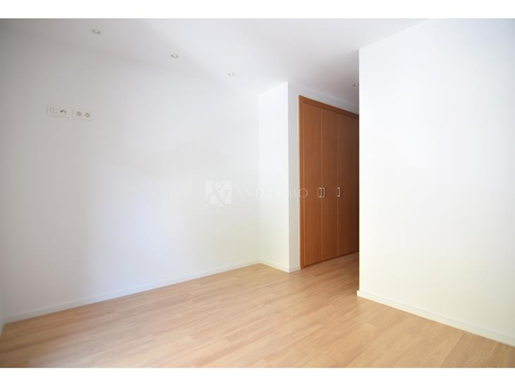 Flat for SALE in Sant Julià de Lòria: 110.00 m² - 411500.00