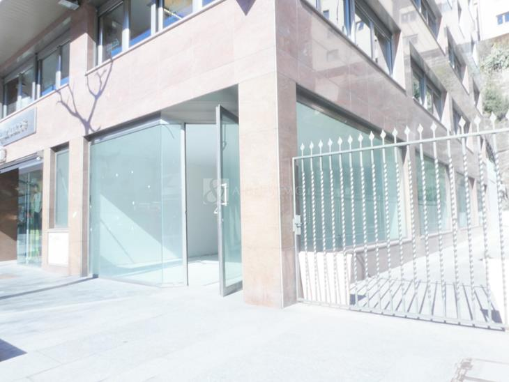 Local en VENDA a Andorra la Vella: 335,00 m² - 1700000,00