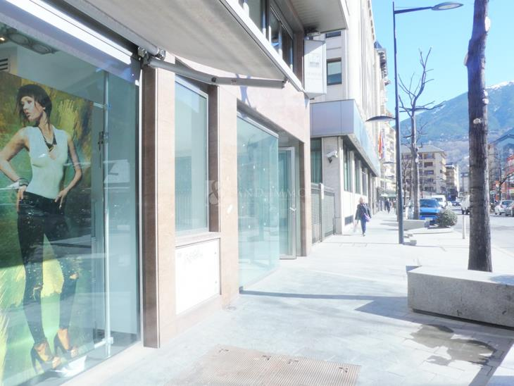 Local en VENDA a Andorra la Vella: 335,00 m² - 1550000,00