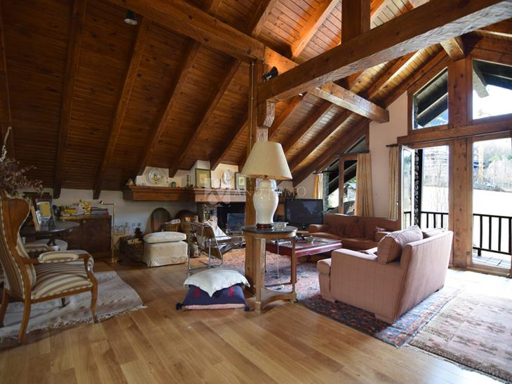 Casa Xalet  en VENDA a Ordino: 242,00 m² - 860000,00