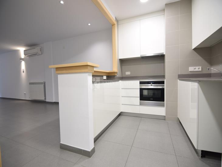 Flat for RENT in Andorra la Vella: 101.73 m² - 1275.00