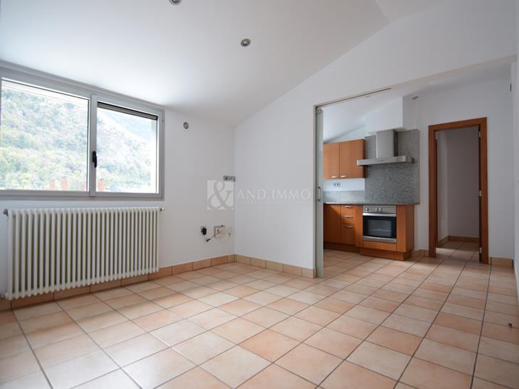 Àtic en LLOGUER a Andorra la Vella: 82,00 m² - 984,00