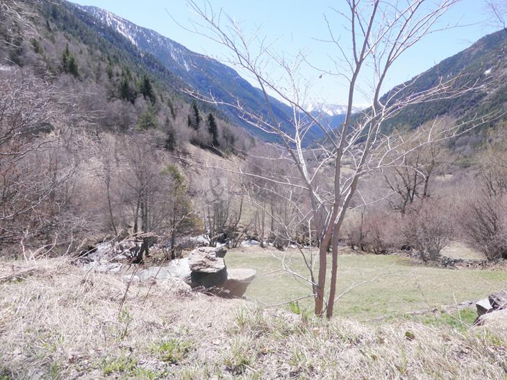 Plot Urbanizable for SALE in El Serrat: m² - 1200000.00