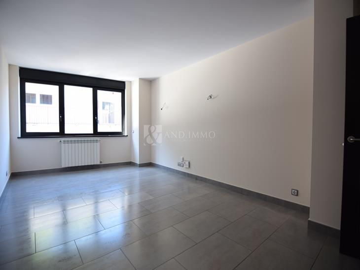 Appartement à LOCATION à Escaldes-Engordany: 99,00 m² - 1150,00