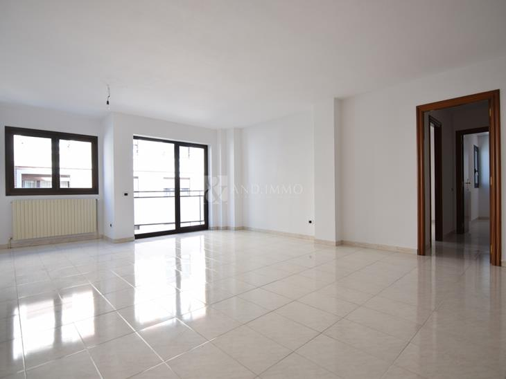 Duplex for RENT in Andorra la Vella: 140.00 m² - 1200.00