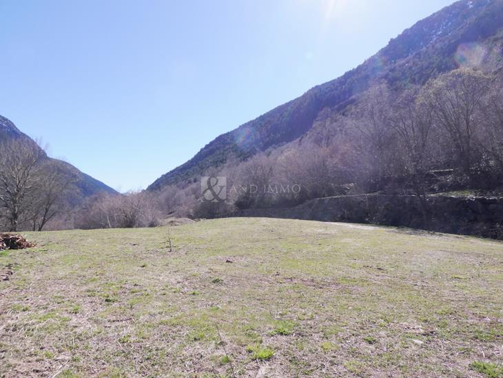 Plot Urbanizable for SALE in El Serrat: m² - 7000000.00