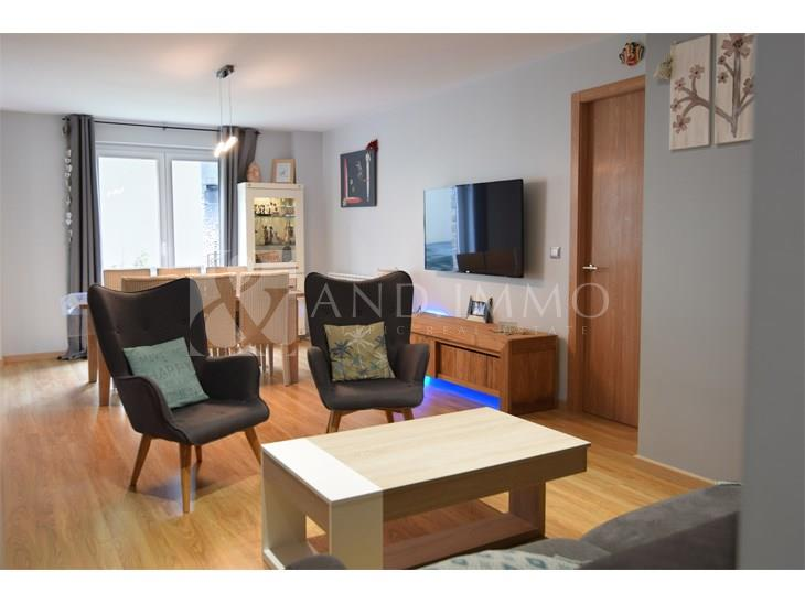 Piso en VENTA en Arinsal: 109,00 m² - 329000,00