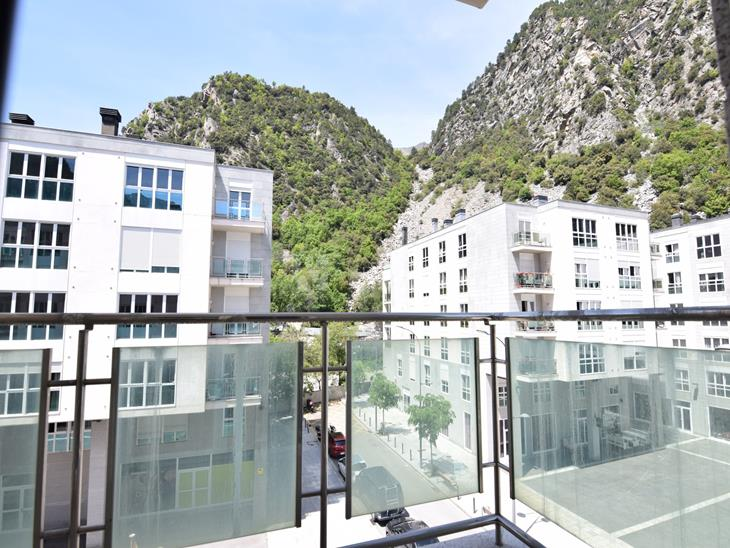 Flat for SALE in Santa Coloma d'Andorra: 101.00 m² - 247000.00