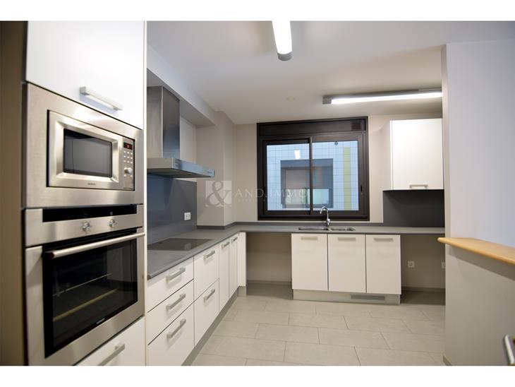 Pis en LLOGUER a Escaldes-Engordany: 93,38 m² - 1300,00