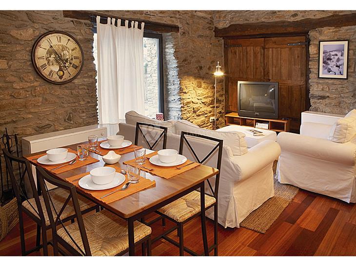 Pis en LLOGUER a Fontaneda: 75,00 m² - 1100,00
