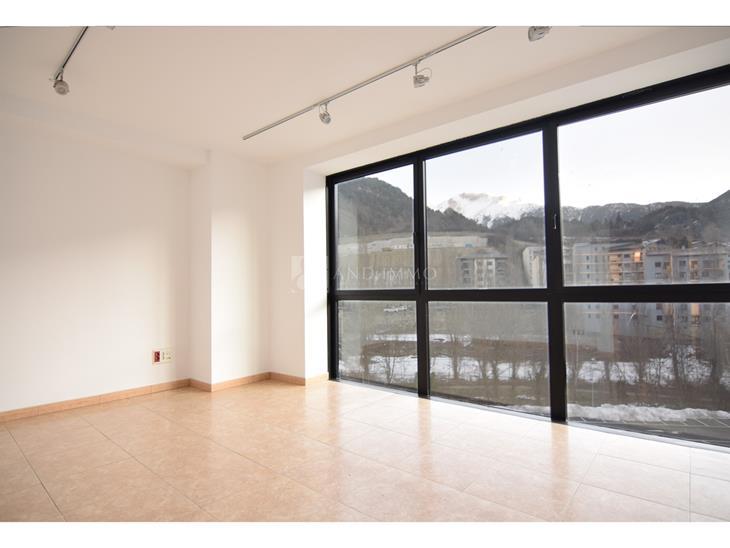 Bureau à LOUER à La Massana: 76,00 m² - 800,00