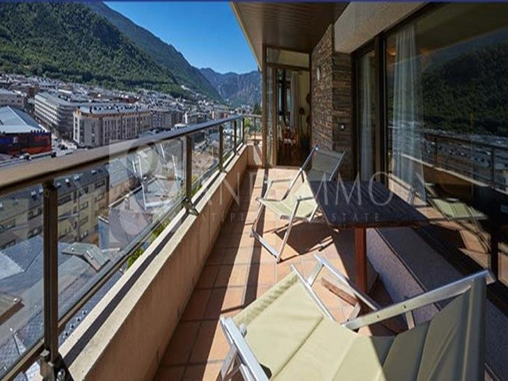 Duplex for SALE in Andorra la Vella: 322.00 m² - 2400000.00