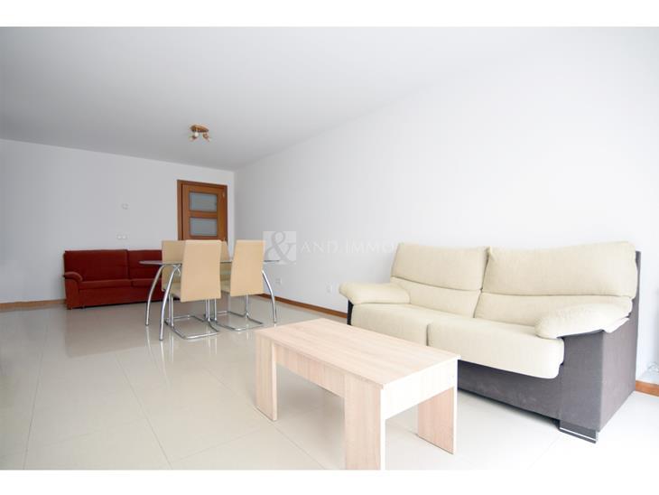 Appartement à LOUER à Arinsal: 61,00 m² - 625,00