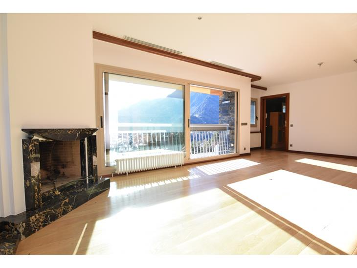 Penthouse for SALE in Escaldes-Engordany: 199.00 m² - 1200000.00