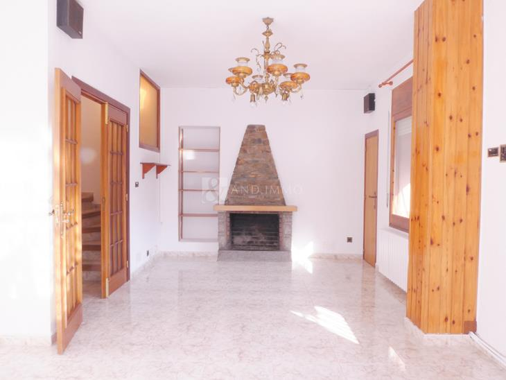 Duplex for SALE in Sant Julià de Lòria: 200.00 m² - 360000.00
