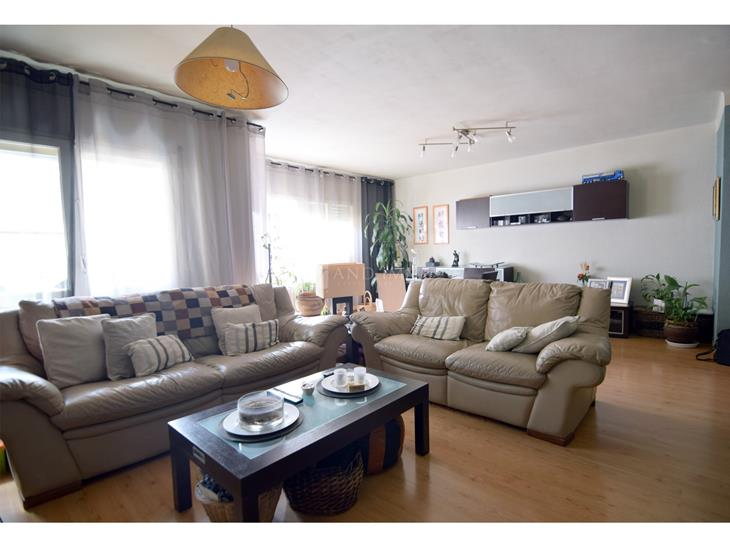 Flat for SALE in Encamp: 123.00 m² - 285000.00